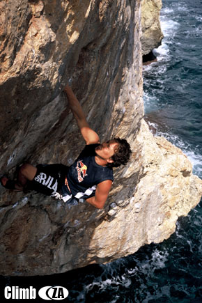 Justin deep water soloing Kill Bill, 7c+. Mallorca