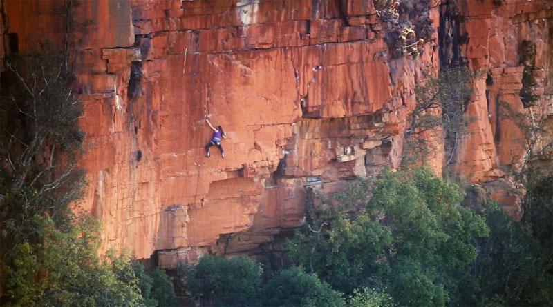 Paige Claassen Waterval Boven rock climbing