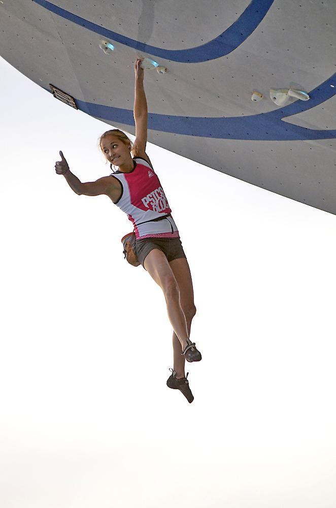 Sasha DiGiulian wins at Psicobloc.