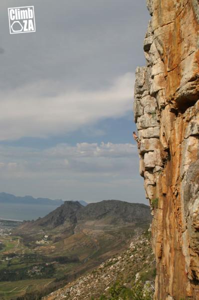 Scarre on Jono Gordon's Route '22' at Silvermine Main Crag