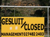 Kliphuis Campsite closed sign