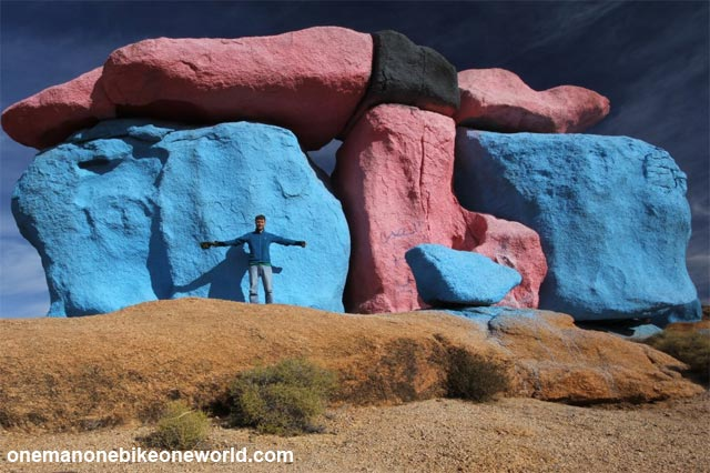 Joe Möhle at the Painted Rocks area near Tafraout.