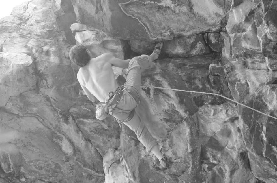 Brian Weaver climbing Violent Streak (8b)