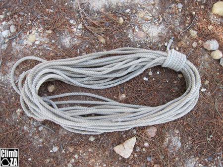 Hawser laid climbing rope
